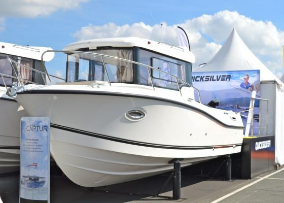 Lodě | QUICKSILVER CAPTUR 755 PILOTHOUSE + MERCURY F 200 VERADO EXL